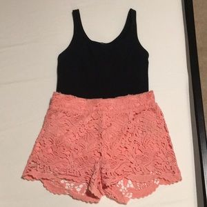 Coral forever 21 lace lined shorts in size S